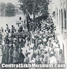 pic of A Sixth Jaito Shaheedi Jatha in Parikarma of Shri Darbar Sahib 1924.