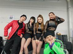 "9,250 Likes, 56 Comments - 마이mai (@muramai_2) on Instagram: ""BIGBANG LASTDANCE TOUR 2017 inTOKYO🗼🇯🇵Day❶ ・ #BIGBANGLASTDANCETOUR #BIGBANGLASTDANCE #TOKYO #東京"""