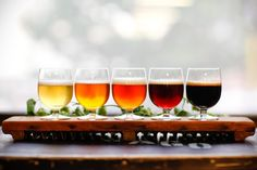 a flight o' beer - really want to throw a beer tasting party!