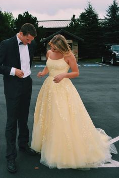 high school relationship goals yellow lace appliqued long prom dress with straps, lovcely prom couples Straps Prom Dresses, Pretty Prom Dresses, Hoco Dresses, Ball Gowns Prom, Prom Party Dresses, Party Gowns, Ball Gown Dresses, Dress Party, Beaded Dresses