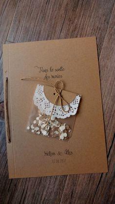 Un faire-part avec sachet de confettis inclus Wedding Guest Book, Diy Wedding, Wedding Favors, Wedding Bouquets, Wedding Gifts, Wedding Invitations, Wedding Day, Cake Wedding, Wedding Decorations