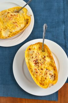 Skinny Spaghetti Squash Alfredo- yummy... I added some garlic to the squash while I was roasting it which added flavor
