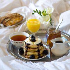 Breakfast in Bed Gift Box
