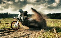 motocross awesome looking roost, such detailed photography