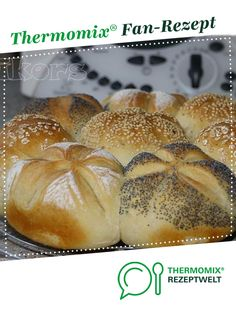 Ein Thermomix ® Rezept aus der Katego… My morning muffle ! from kiwi's nest. A Thermomix ® recipe from the category Bread & Rolls on www.de, the Thermomix® Community. Casserole Recipes, Bread Recipes, Baking Recipes, Soup Recipes, Keto Recipes, Cake Recipes, Pastry Recipes, Bread Bun, Bread Rolls