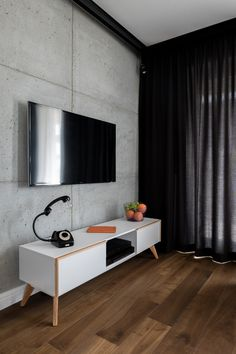 These fantastic polished concrete walls will wow anyone looking to use this amazing material and bring in many style points to their home! Concrete Wall, Concrete Floors, Living Room Modern, Home Decor Furniture, Apartment Design, Smart Home, Interior Design Living Room, My Dream Home, House Design