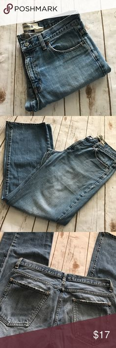 Gap- Denim Blue Jeans, Women's 12 Regular Gap- Denim Blue Jeans, Women's 12 Regular. In great preowned condition, some minor fraying at bottoms, however still lots of life left in these gorgeous jeans. Inseam is approximately 32 inches. Please be sure to check out all of my other boutique items. Same Day or next business day shipping guaranteed. GAP Jeans Straight Leg