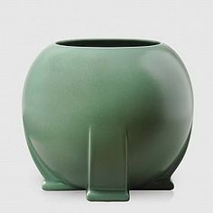 Terra Cotta, IL--TECO Pottery--Teco {an abbreviation of TErra COtta} art pottery was founded just after the great Chicago fire by William Gates in 1899. All pieces are from the original molds and were designed by prominent Chicago Architects. $85