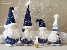 Easy gnomes diy learn how to make them today – ArtofitScandinavian Christmas decoration Gnomes and deer Nordic Cadorable Christmas gnome in white with mint-green hat and mittens, carrying a white Christmas tree - SalvabraniNo Decora's media content Christmas Gnome, Scandinavian Christmas, Christmas Projects, Handmade Christmas, Christmas Ornaments, Pink Christmas Decorations, Holiday Crafts, Holiday Decor, Winter Holiday