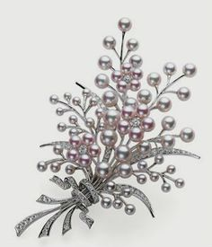 The Pearl Brooch: Timeless Appeal   Mikimoto Blog
