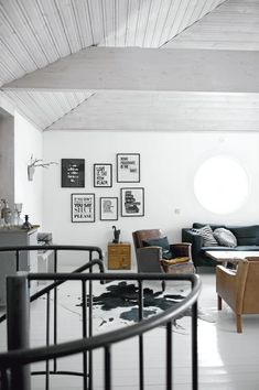 Living Room : Monochrome with an industrial style kitchen via Coco Lapine Design Industrial Style Kitchen, Industrial House, Industrial Chic, Vintage Industrial, White Industrial, Vintage Glam, Home Living Room, Living Spaces, Interior Design Business