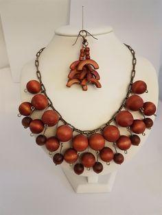 aarika Wooden Jewelry, Vintage, Fashion, Moda, Fashion Styles, Vintage Comics, Fashion Illustrations