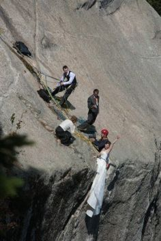 Google Image Result for http://us.123rf.com/400wm/400/400/lana33/lana331203/lana33120300062/12903793-new-hampshire-september-19-2009--extreme-wedding.jpg