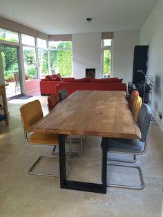 DYYK bullit tafel 240 x 100 in Olie met 6 x ridge rib (oranje, geel en cool grey