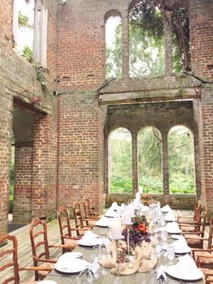 Dinner In The Barnsley Gardens Ruins.... Okay Alicia! This Is So