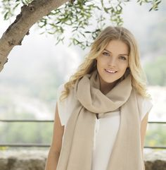 Milan scarf, 70x200cm, light taupe - Cashmere - Scarves - Fashion