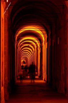 il portico di San Luca , Bologna via @Angela Berti
