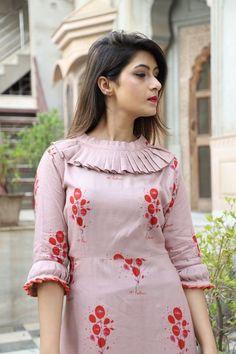 New Image : Salwar designs Kurti Sleeves Design, Sleeves Designs For Dresses, Kurta Neck Design, Neck Designs For Suits, Neckline Designs, Dress Neck Designs, Neck Design For Kurtis, Stylish Kurtis Design, Design Of Kurti