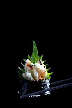 Crispy   Spicy Enoki Mushroom Roll