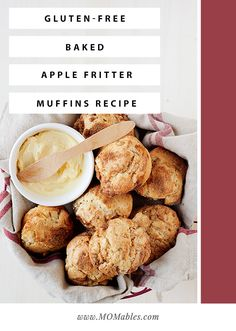 These baked apple fritter muffins will be devoured by kids and adults alike! They are much healthier than the original & filled with the same classic taste. Gluten Free Sweets, Gluten Free Baking, Baked Apples, Cinnamon Apples, Baked Banana Chips, Baked Apple Fritters, Cheese Twists, Breakfast Cookie Recipe, Twisted Recipes