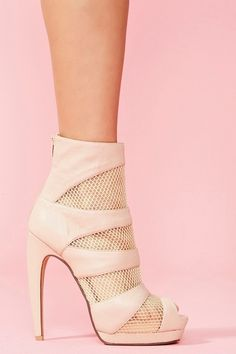 Pretty in pink!! Shoes, shoes, shoes!!