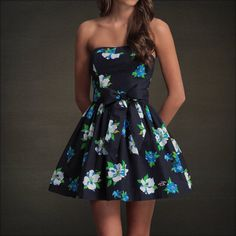 Womens Hollister Abercrombie Fitch Sun Dress Summer Floral Strapless Party