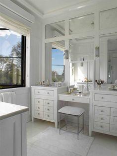 david kleinberg. master bath vanity. -via interior canvas