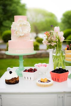 See the rest of this beautiful gallery: http://www.stylemepretty.com/gallery/picture/1183702/