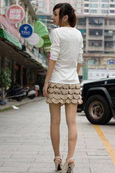 Crochet Skirts crochet skirt pattern - pics and illustrated pattern - Crochet Skirt Pattern, Crochet Skirts, Crochet Clothes, Bead Crochet, Crochet Lace, Irish Crochet, Free Crochet, Dress Skirt, Lace Skirt