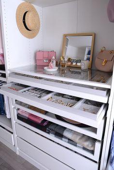 Helpful Closet Organization Tips Featuring The IKEA Pax Wardrobe – Hanger closet Walk In Closet Ikea, Ikea Pax Closet, Ikea Closet Organizer, Ikea Pax Wardrobe, Closet Hacks, Wardrobe Room, Ikea Organization, Organizing Ideas, Ikea Closet Storage