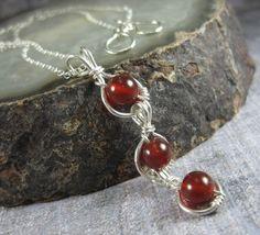 Simple+Jewelry+3+Stone+Pendant+Necklace+Carnelian+by+holmescraft,+$48.00