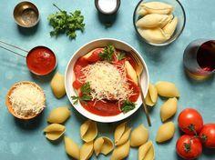 I Hate Ricotta Meat & 2 Cheese Stuffed Shells Recipe - Genius Kitchen Italian Tomato Sauce, Creamy Tomato Sauce, Homemade Tomato Sauce, Cheese Stuffed Shells, Stuffed Shells Recipe, Balsamic Chicken Pasta, Antipasto Pasta Salads, Easy Baked Ziti, Jumbo Pasta Shells