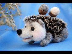 Ignat by Marina Chichina Ignat - little hedgehog. Height cm), length cm )Needle felted of wool, prickles - mohair.Created in a smoke free home with love. Baby Hedgehog, Felted Wool Crafts, Felt Baby, Panda Bear, Baby Wearing, Needle Felting, Baby Knitting, Wool Felt, Squirrel