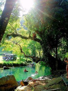Natural Swimming Pool, Indonesia    photo via skinnylittlebird