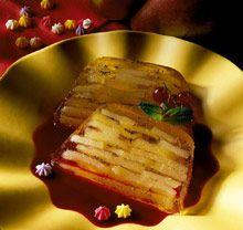 Terrine de fruits d'automne en gelée de vanille Pork, Meat, Desserts, Vanilla, Recipe, Kale Stir Fry, Tailgate Desserts, Deserts, Postres