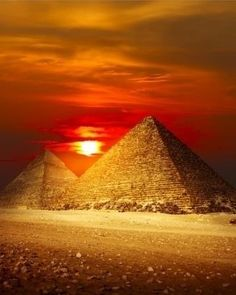 40. Watch the Sunrise at Giza - 50 Ultimate Travel Bucket List Ideas ... → Travel