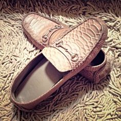 Pink Leather Moccasins from Cole Haan. Sticker mark inside right shoe, unnoticeable if worn. Good condition. No box.