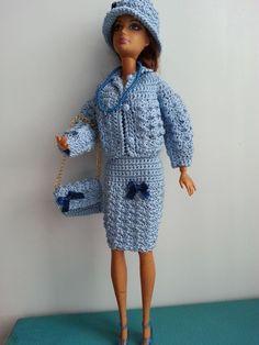 vêtement poupée mannequin Barbie (322)