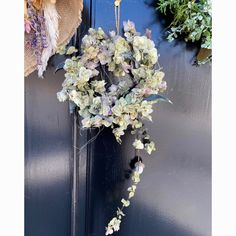 ドライフラワーのオレガノリース   ハンドメイドマーケット minne Floral Wreath, Wreaths, Home Decor, Flower Crowns, Door Wreaths, Deco Mesh Wreaths, Interior Design, Home Interior Design, Home Decoration