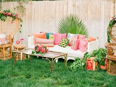 tropical decor home caribbean Tropical Home Decor, Tropical Pool, Tropical Party, Tropical Vibes, Tropical Houses, Tropical Colors, Outdoor Sofa, Outdoor Furniture Sets, Outdoor Decor