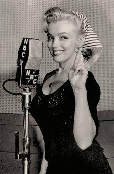 Marilyn Monroe Glamorous❤Vintage❤Soul