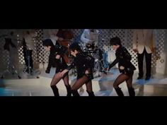 Liza Minnelli - singing all the single ladies  THE best reason to see Sex in the City 2!