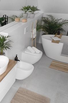Loft Bathroom, Upstairs Bathrooms, Family Bathroom, Bathroom Layout, Small Bathroom, Modern Bathroom Design, Bathroom Interior Design, Bathroom Design Inspiration, Beautiful Bathrooms
