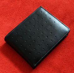 # zobraziť všetky produkty | Prestigio speed - luxusná pánska peňaženka inšpirovaná športovými vozidlami | anion.sk - šperky, darčeky, klenoty, firemné darčeky, firemné prezenty, luxusné perá, značkové perá, luxus, perá faber-castell, perá cross, Tony Perotti, zapisnik, zapisniky Wallet, Design, Luxury, Purses, Diy Wallet, Purse