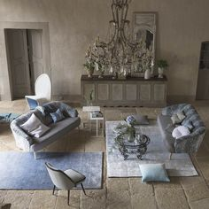 Phipps Sky Rugs are luxurious and inviting with a striking ombre design with contrasting shades of blue. #DesignerRugs #ModernRugs #InteriorDesign