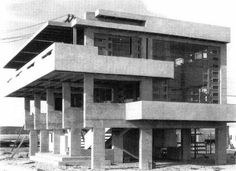 Esoteric Survey: Lovell Beach House / Schindler