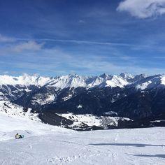 On the top ❄️ #view #beautiful #beautifulview #mountains #mountainlife #skiing #austria #wow #winter #wintermood #winterwonderland