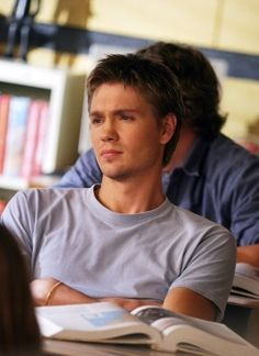 i'd go to class everyday if guys looked like him!- back when Chad Michael Murray was the hottie on tv.