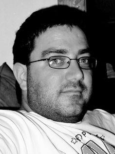 Sylvain JOHNSON Né le 5 avril 1973 Habite Montréal, QUEBEC Surnom au sein des FDR : Le maudit québécois