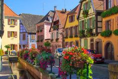 Watch: Ribeauvillé - commune in Alsace, France http://destinations-for-travelers.blogspot.com.br/2014/10/ribeauville-alsace-france.html